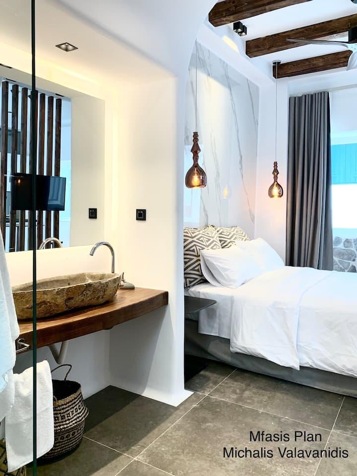 ! Luxury in the Heart of Mykonos !