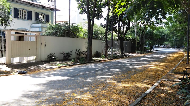 Private apartment close to University Sao Paulo