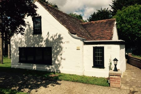 Lovely 1 bed Cottage - Lewes  - Maison