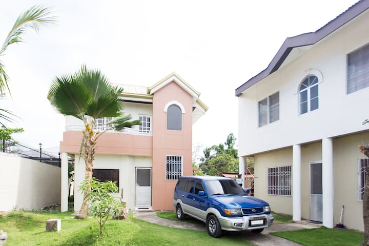 3BRHouse Spacious Secure Convenient 2AirportBeach