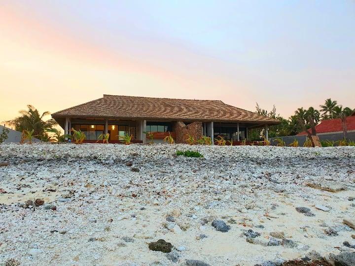 Moorea Lodge - Villa polynésienne vue sur Tahiti