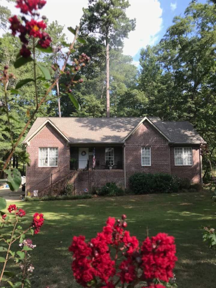 Rock Mountain Cozy Home for 2!