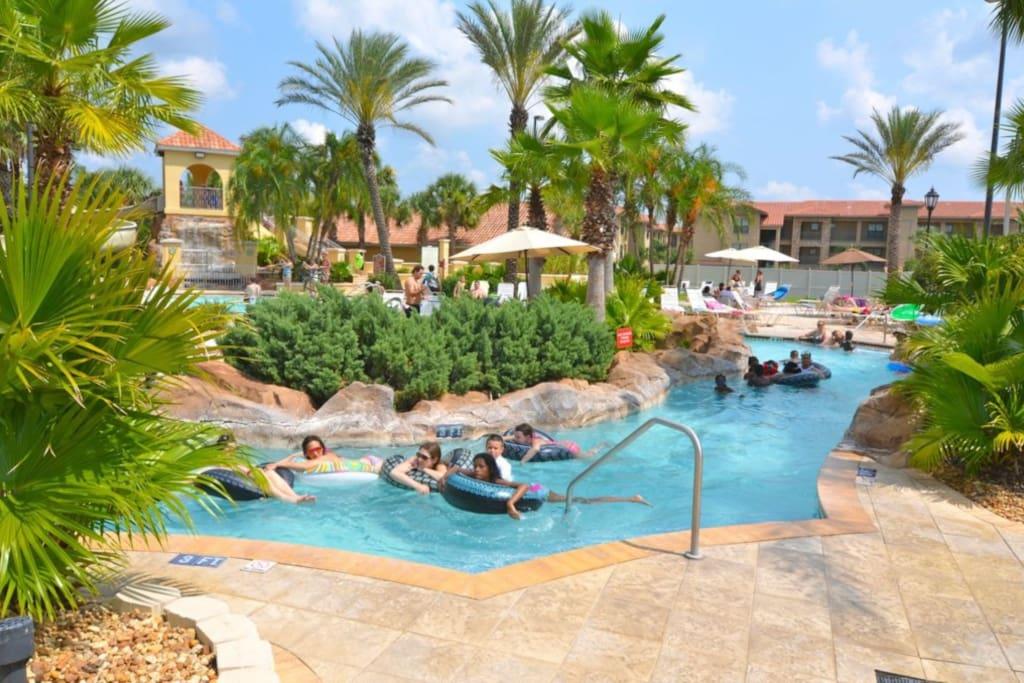 4 Bedroom Sleeps 8 Fabulous Resort Regal Palms Houses