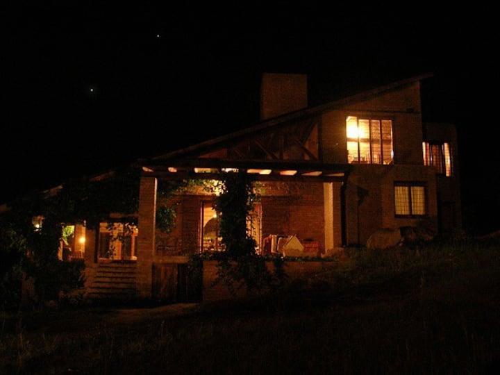 Hermosa casa quinta en Tanti con pileta