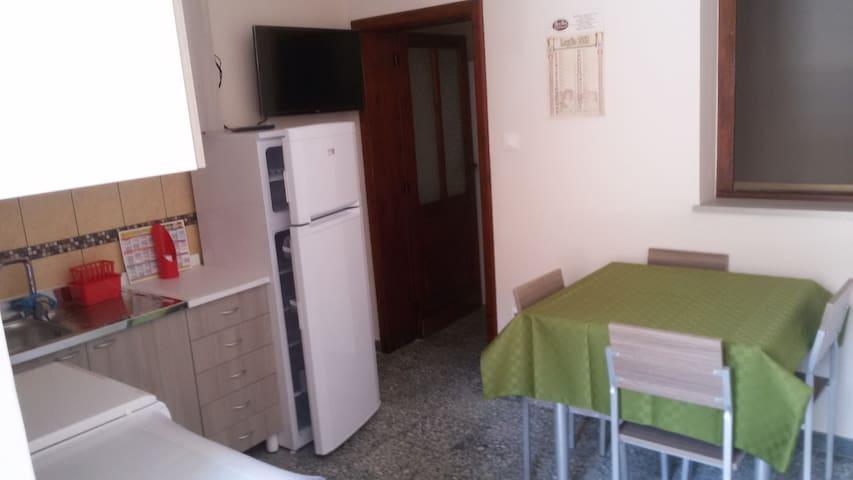 Appartamento per 1 (max2/3) persona - Cittanova - Apartment