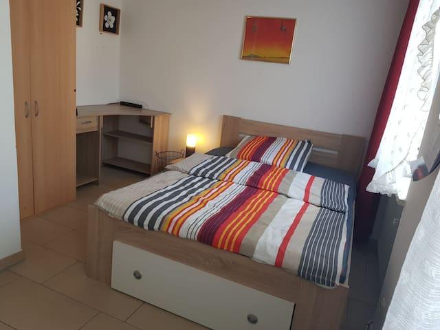 Zwischengeschoss 2,5 Zimmer in Stadtvilla