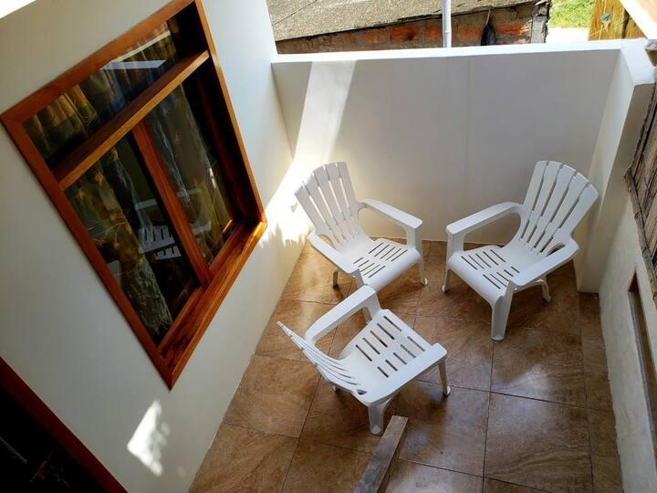 Cuarto privado en un hostel ! A 100 mts del MAR