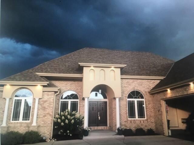 2020 DNC - Beautiful Suburban Milwaukee Home