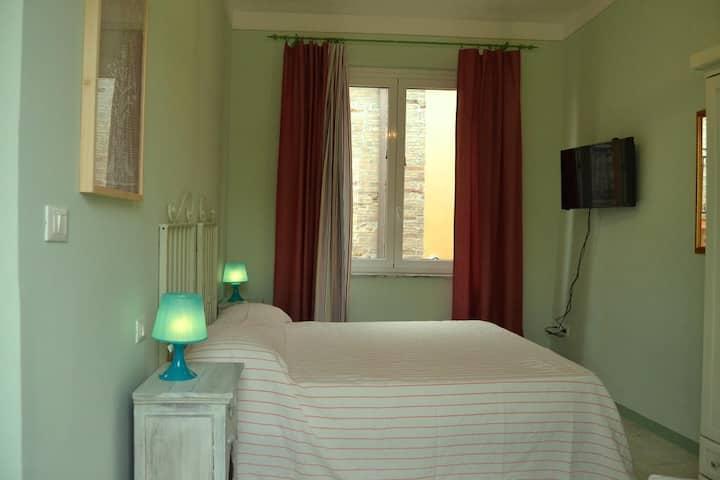 Camera con Cucina e Solarium Vista Mare /La Verde