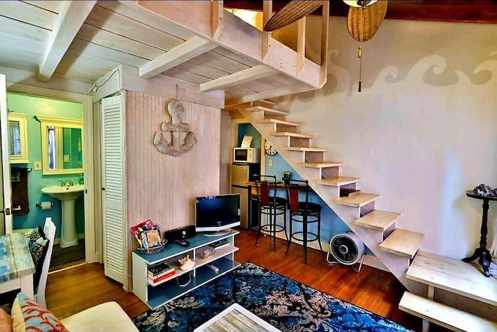 PREMIER Beach Loft studio~Sand Castle @VeniceBeach