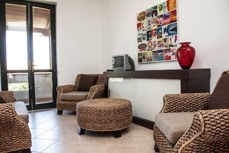 Borgomare appartamento con terrazzo - Contrada Pistavecchia 2 - Stadswoning
