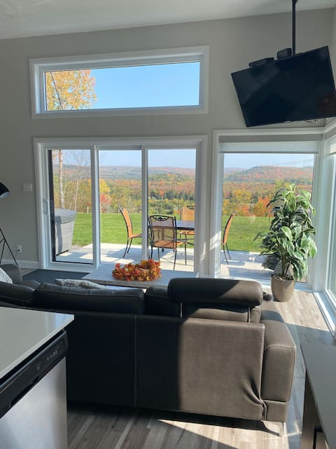 Luxury condo with golf views