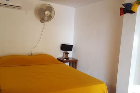 Tapihouse Maracuyá(Double Room w Private Bathroom) - Las Peñitas - บ้าน