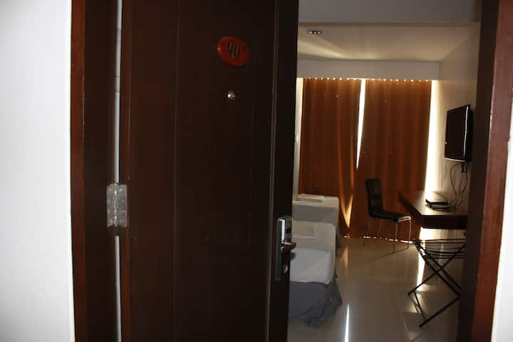 Affordable City Hotel CTS#907