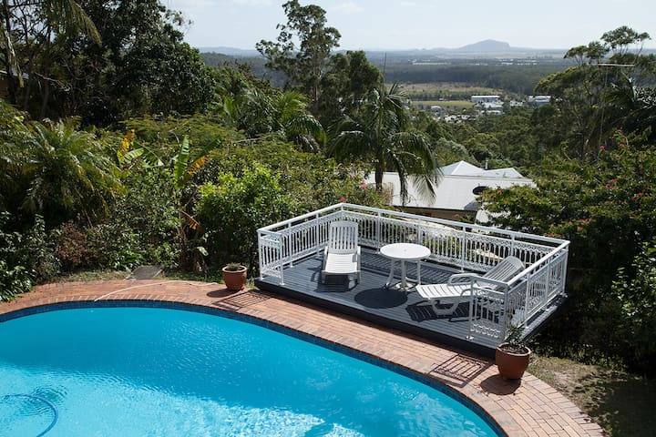 """Bethesda"" Self-contained Cosy unit - Buderim - Dom"