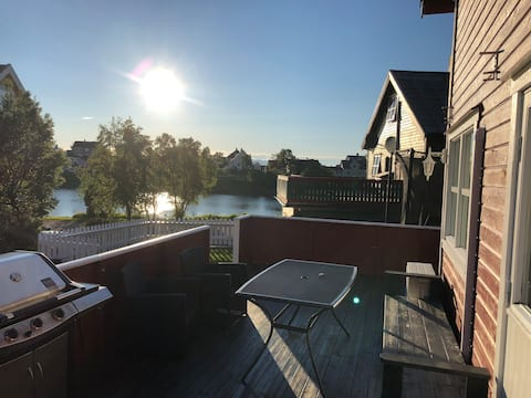 Helt hus m/ hage , 4 soverom midt i Brønnøysund.
