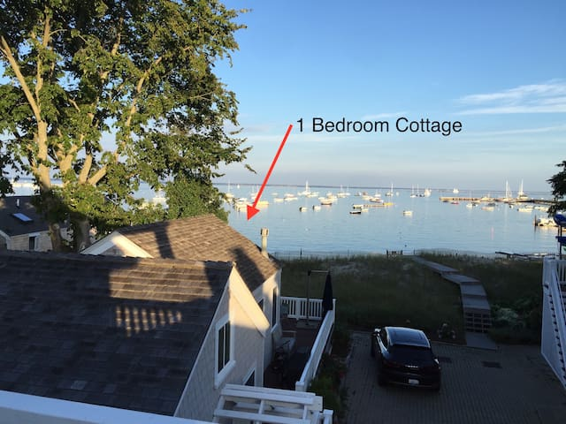 1/1 Waterfront Cottage - 139B