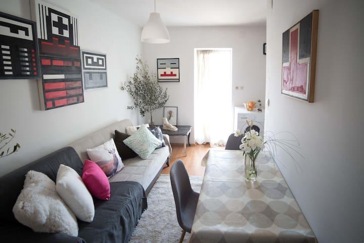 G - living room
