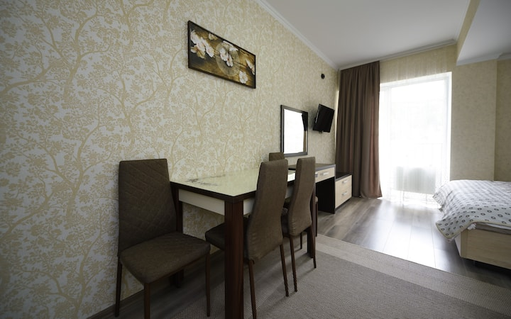 (3)Studio apartment, wonderful stay in Chisinau