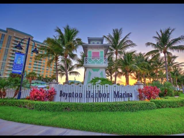 Villa Cozy & Great Location/Price Beaches/Marina