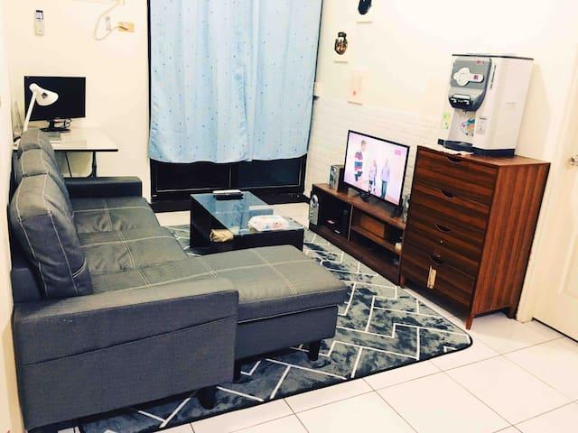 5分鐘到淡捷、老街,簡單典雅房間,省錢方便最佳選擇private room 5mins to MRT