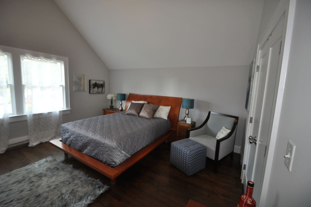 Relax and recuperate in this large private upstairs bedroom. Comfortable queen bed to rest your weary head.