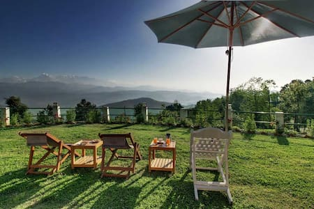 Chevron Mountain Villa, Kausani, India - Kausani - Villa