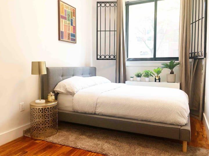 Beautiful Brooklyn room in a duplex apartment
