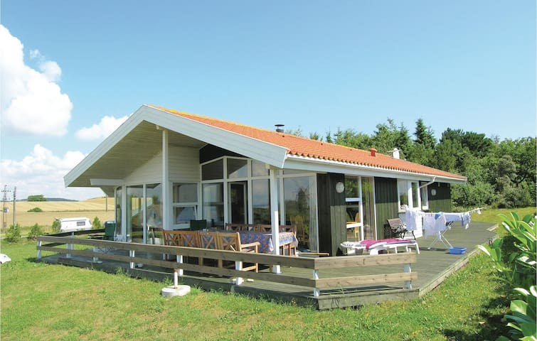 Holiday cottage with 3 bedrooms on 95m² in Knebel