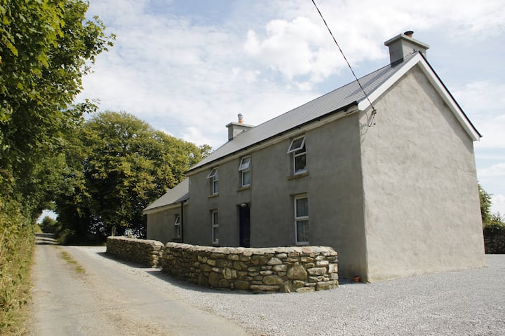 Killarney Cottage - Thado's Farmhouse