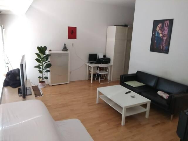 Studio apartment with 45m² close to thr center
