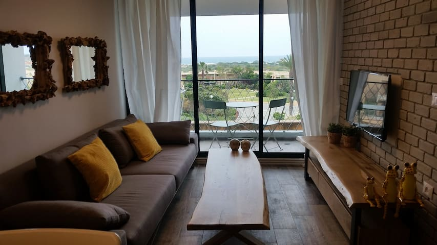 Great 2 BR Flat right next to the sea in caesarea