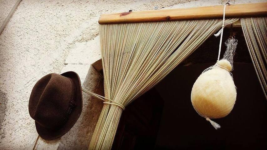 "-Penna Bianca- ""CASA AGRICOLA""-IRPINIA-"