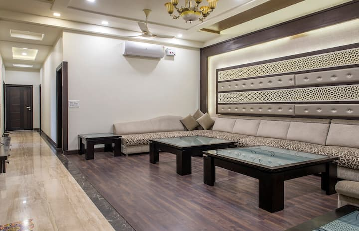 Krishan kunj vacation home- Centrally located -1