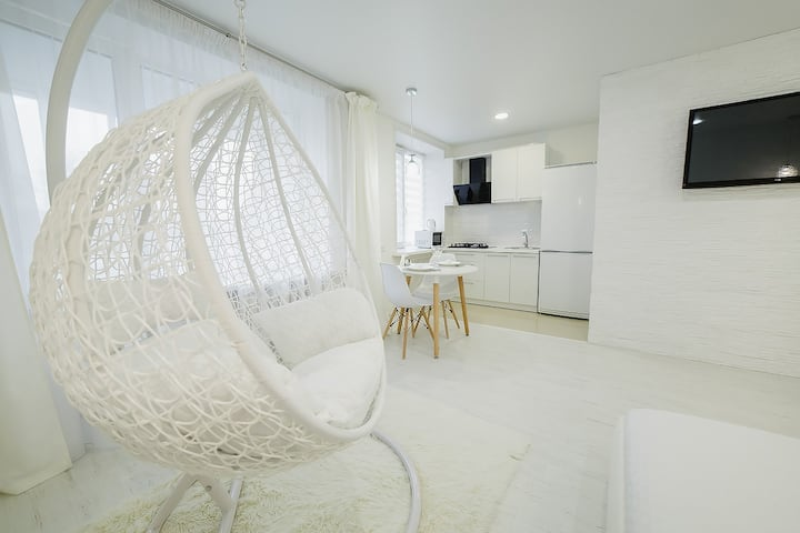"Апартаменты  от ""Orhideya Apartment"" на площади"