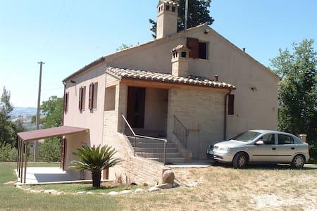 B&B Gli Ulivi - Borgo Miriam