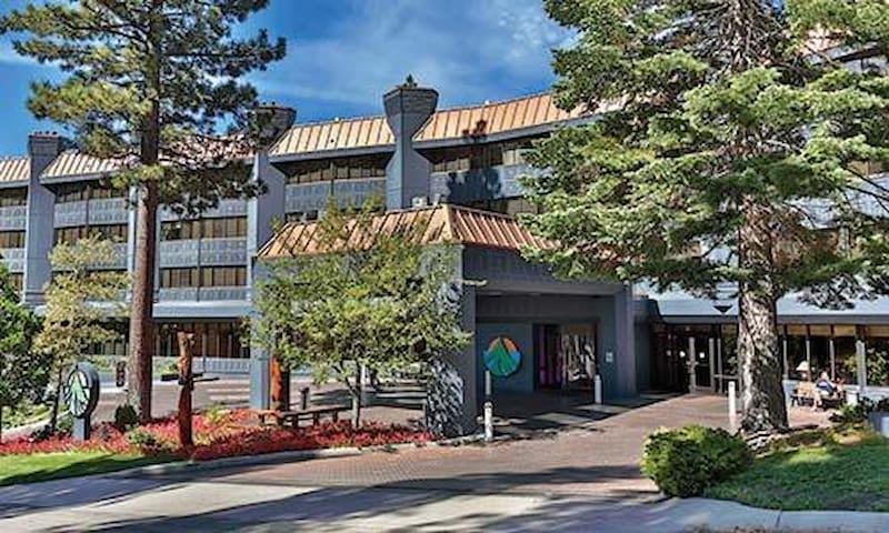 Tahoe Resort 2 - เซาท์เลคทาโฮ - วิลล่า