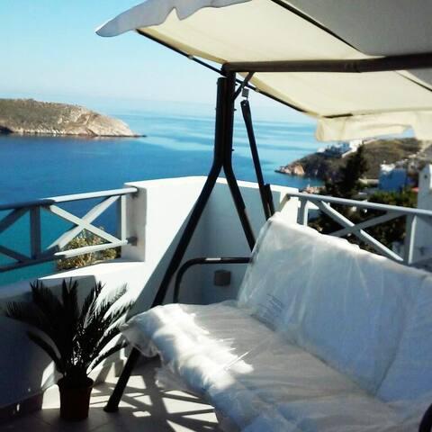 Luxury Home stunning View Nr1, 2 min walk to beach
