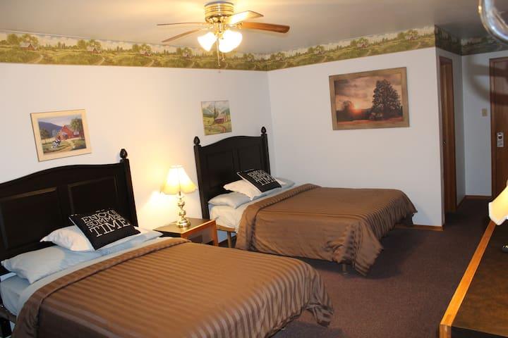 Standard Double Room_4