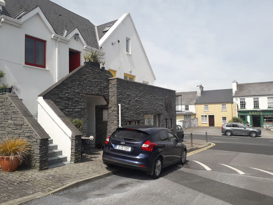 17 Holland Place, Liscannor