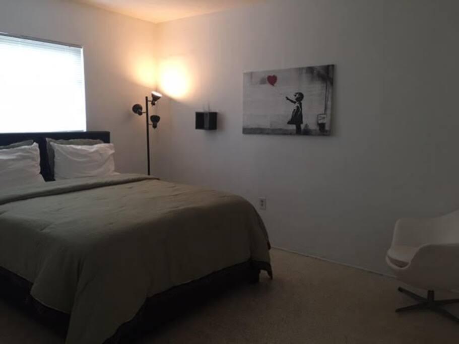 Bedroom with Comfortable Gel Queen Mattress.