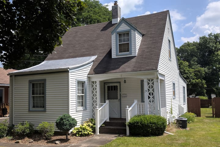 Beautiful and Cozy home in Cortland
