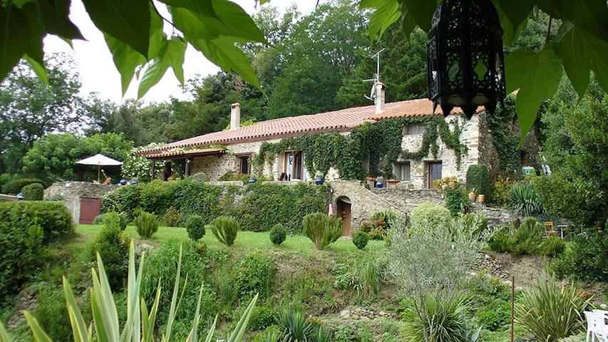 Mas Al Paré - Montferrer - Rumah