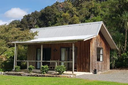 Prairie Holm Cabin