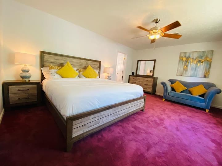 Master Suite Close to Vegas Strip and Downtown