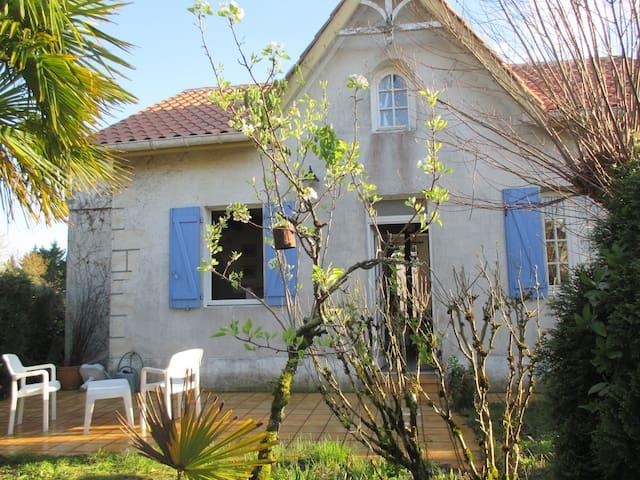 Maison Bleue de Gabarret