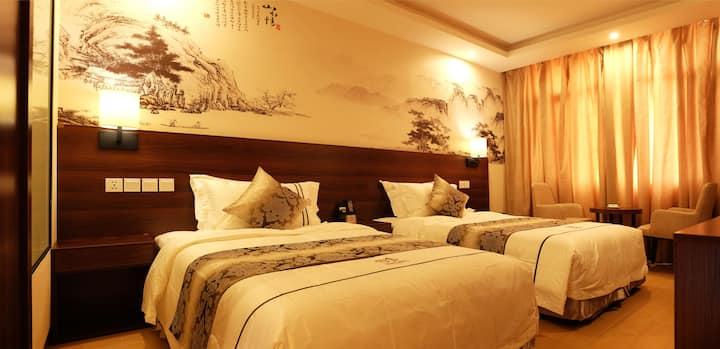 KIGALI DMALL HOTEL TWINS ROOM 202