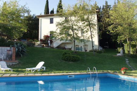 Be Happy in Tuscany! - San Casciano in Val di pesa - Bed & Breakfast