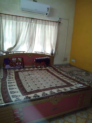 A B Soni house