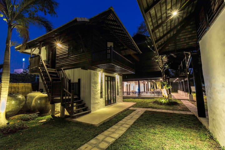 Villa Suite House